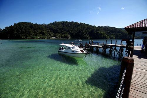 Aktiviti hari ke 3 adalah island hoping… Cuma pergi ke dua pulau ...