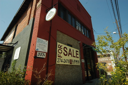 On the streets of Ashvegas: Depot Street building for sale