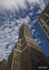 puntando in alto (Andrea Rapisarda) Tags: nyc newyorkcity usa olympus oly andrearapisarda