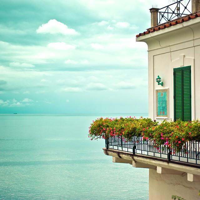 Cuba Gallery: Italy / Amalfi Coast / summer / ocean / house / water / sea / sky / clouds / horizon / flowers / photography