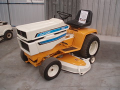 tractor cub lawn australian australia international mower harvester cadet rideon