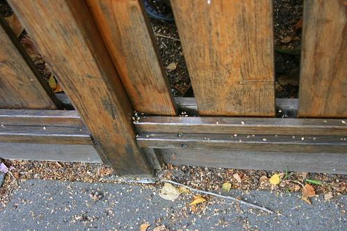 circle fence detail