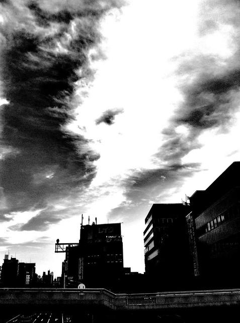 今日の写真 No.34 – いつもの陸橋から/iPhone4 + Spica
