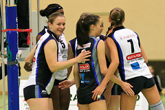 Volleyball (Robi33) Tags: sport ball schweiz team action match volleyball turnier spiel schiedsrichter netz biel frauen meisterschaft zuschauer aesch