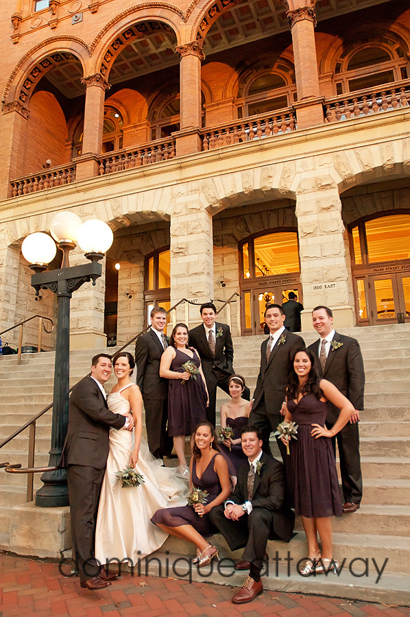 bridal party ont he steps of Main street station in richmond