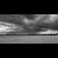 (Hans van Reenen) Tags: sky bw cloud field clouds germany deutschland himmel cine niederrhein goch boeckelterweg gx200 silkypixpro 20100925