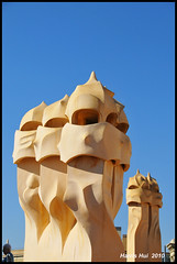 La Pedrera -Barcelona N4290e (Harris Hui (in search of light)) Tags: barcelona travel blue roof light vacation canada color rooftop beautiful vancouver design spain nikon colorful europe apartments bc bluesky richmond gaudi warriors guards casamila lapedrera d300 antonigaudi chimmneys travelphotography touchthesky greatlight 18200mm greatarchitect nikon18200mmvr greatarchitecture nikonuser nikond300 harrishui vancouverdslrshooter myfavoritearchitect