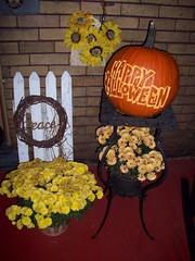 054 (Chad Maybray) Tags: halloween pumpkin lettering carvings
