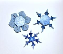 Snow Crystals - Kawasaki (rebecccaravelry) Tags: snowflake origami kawasaki toshikazukawasaki