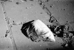 Immobilienmarkt (chipsmitmayo) Tags: blackandwhite bw film analog fire 50mm newspaper fuji minolta market f14 hamburg ad bn neopan 100 schwarzweiss xd7 zeitung acros immo rokkor