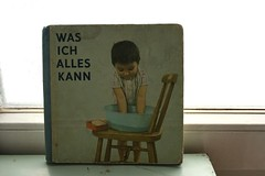 was ich alles kann (allerleirau) Tags: baby girl vintage germany 60s child retro faded cover german childrensbook pastell thrifted kinderbuch wasichalleskann