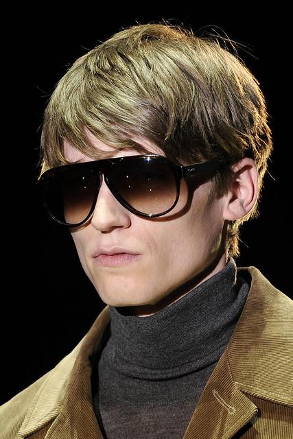 Bastiaan Ninaber3241_FW10_Milan_Gucci(VOGUEcom)