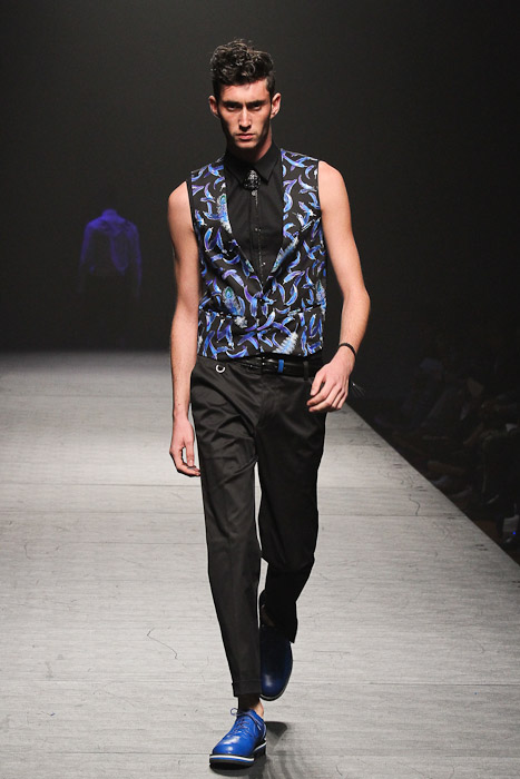 SS11_Tokyo_VANQUISH027_Mathias Bilien(Fashionsnap)