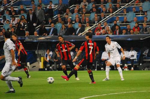 Ronaldinho, Pato y Di maria