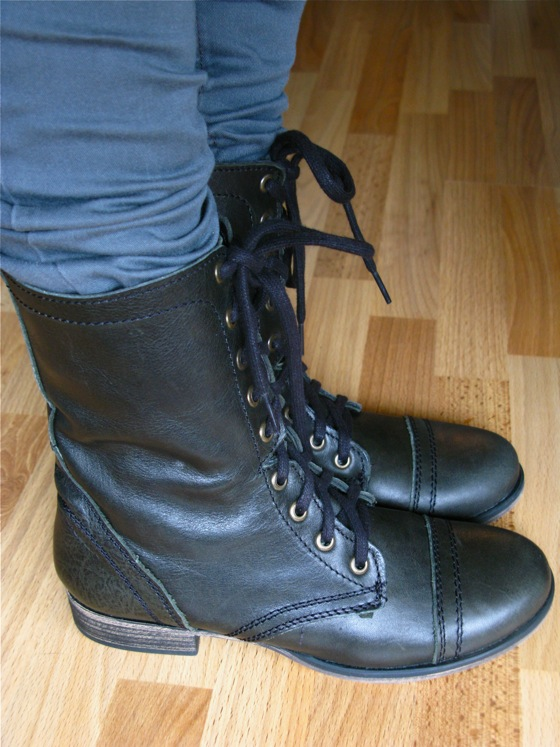 new boots 002