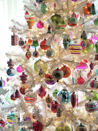 Vintage Ornaments on White Christmas Tree by charlie3engineer