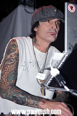 Tommy Lee for VIRGIN 10th Birthday (Paul Cush) Tags: dj metro tommylee paulcush virgin10thbirthday wwwpaulcushcomsydneyphotographercelebrity