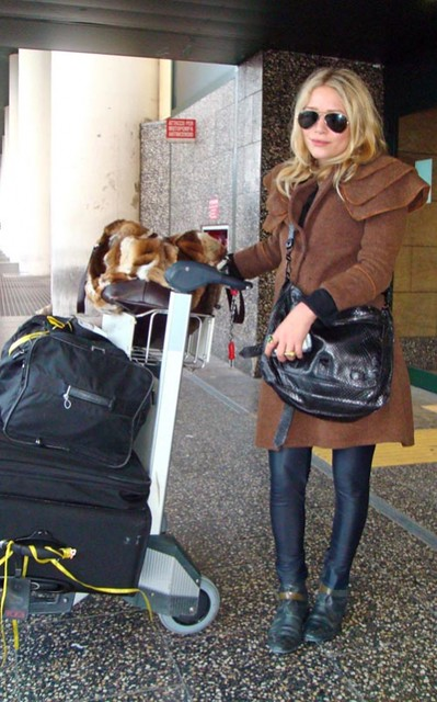 Mary_Kate_arriving_in_Milan__September_24__2008