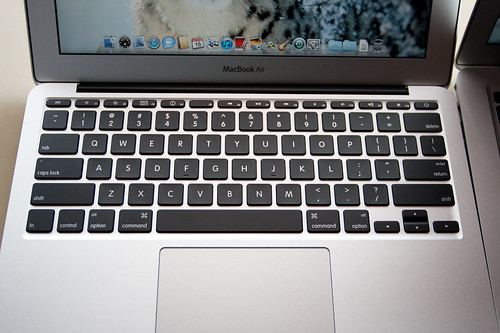 2010 new Macbook Air 11.6