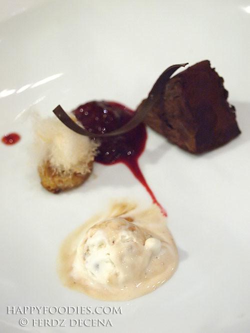 Dark Choco, Vanilla Almond Ice Cream and Coin Hash Browns