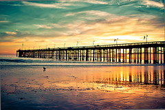If I click my red chucks together maybe I can go back here (Jaime973) Tags: california sunset canon pier raw 24mm friday gratitude ventura beautifulday cantwaittoleaveworkbehind