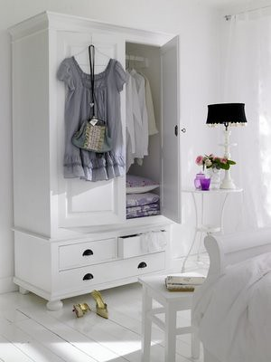 white bedroom 8