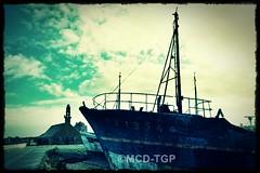 (Magali Deval) Tags: bag boat chapel shipwreck yves bateau effect chapelle camaret effet crozon pave iliz kraozon notredamederocamadour pese kameled yveslejeune hipstamatic abersgaleries