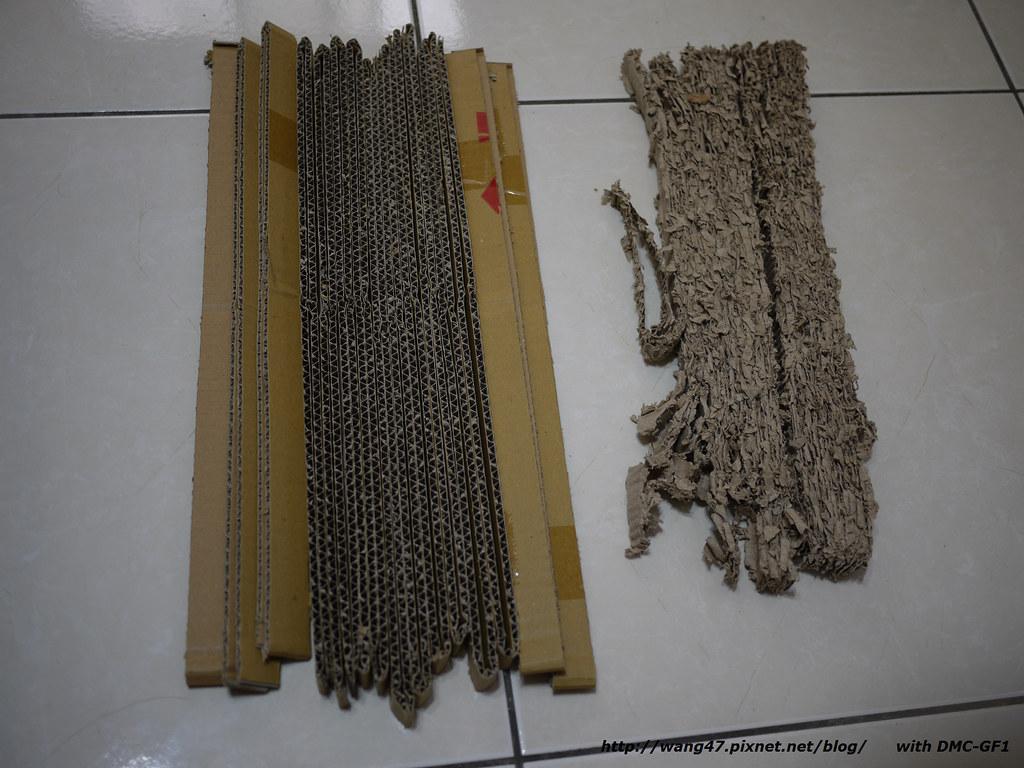 20101121-01貓抓板DIY