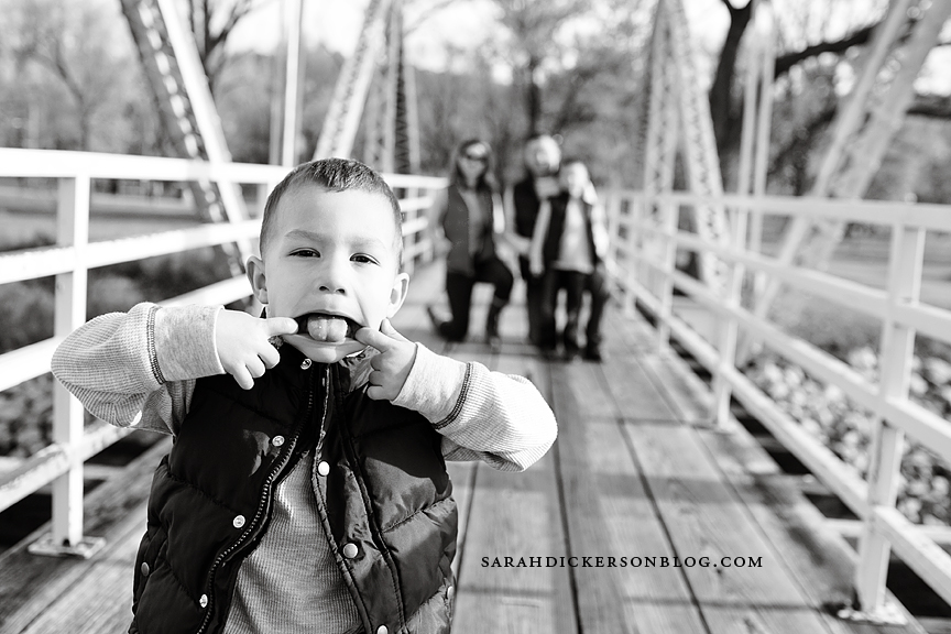 Parkville Missouri family portrait session English Landing Park