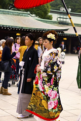 Traditional Wedding - 神前式 (Einharch) Tags: wedding festival japan kids canon japanese tokyo traditional 日本 東京 kimono shichigosan kodomo meijijingu 着物 七五三 meijishrine 子供 明治神宮 550d キャノン kidsfestival japanesetraditionalwedding 神前式 shinzenshiki kissx4 canonkissx4
