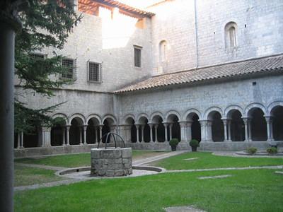claustro-catedral-gerona