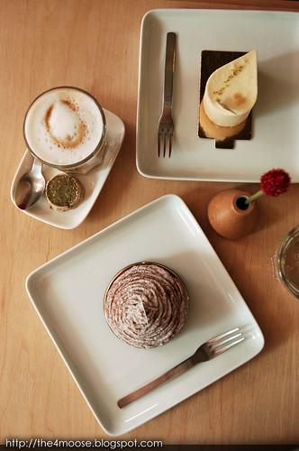 K-ki ケーキ - Duo of Cakes