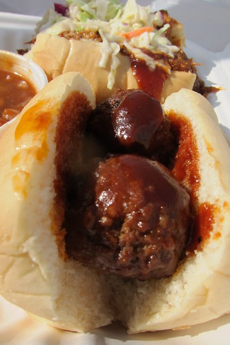 Smokin Willie's BBQ Truck: Meatball Slider