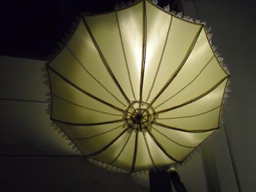 parasol-backlit