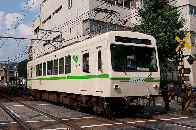 叡山電鉄デオ700