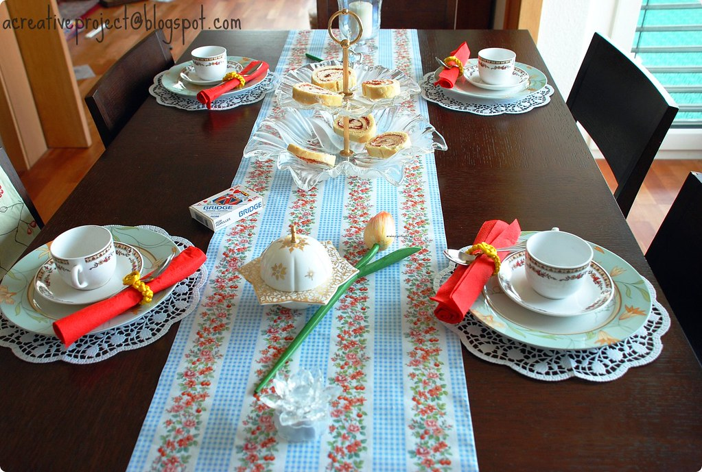 Tea Time table decor