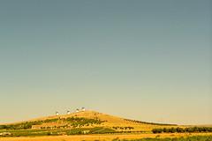 El turista interior - 37 (Font del Vi) Tags: tourism de landscape vent la san juan paisaje viento alcazar turismo paissatge molinos castilla mancha molins turisme