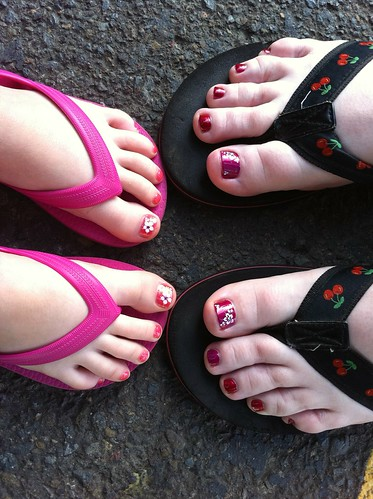 Mother daughter pedicures!