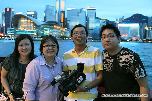 The working crew - (L to R), Vivien, Siew Kian, Ming Choy and me