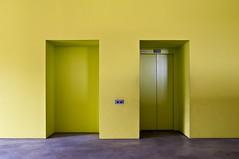 Hochschule für Musik Hanns Eisler (GregoireC - www.gregoirec.com) Tags: berlin yellow architecture lift pentax musik mitte hochschule architekten k7 musikschule hannseisler smcpda1650mmf28edalifsdm anderhalten
