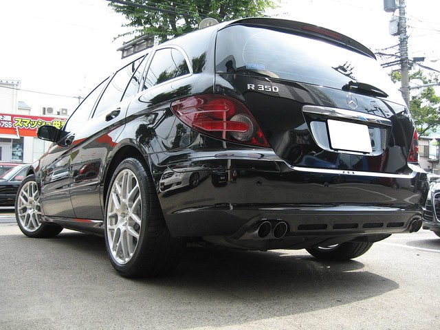Mercedes Benz R350 by HRE Wheels