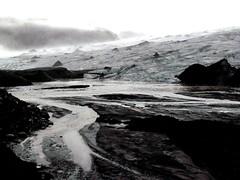 Moon on the Earth (gallmese) Tags: ice iceland glacier ash ísland aska izland hamu jég jökull naturesfinest sólheimajökull ís myrdalsjökull naturalbw gleccser vulkán theunforgettablepictures absolutelystunningscapes eznemegyffkép