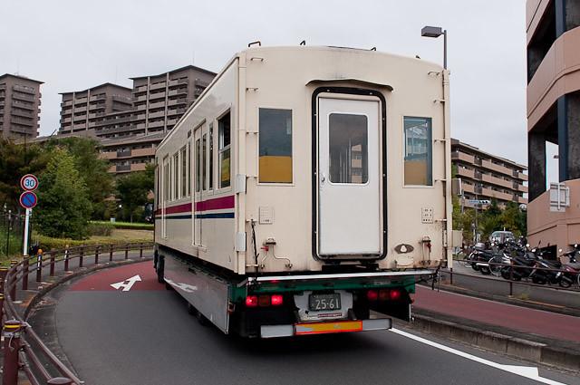 京王電鉄6000系6017F クハ6767廃車解体搬出