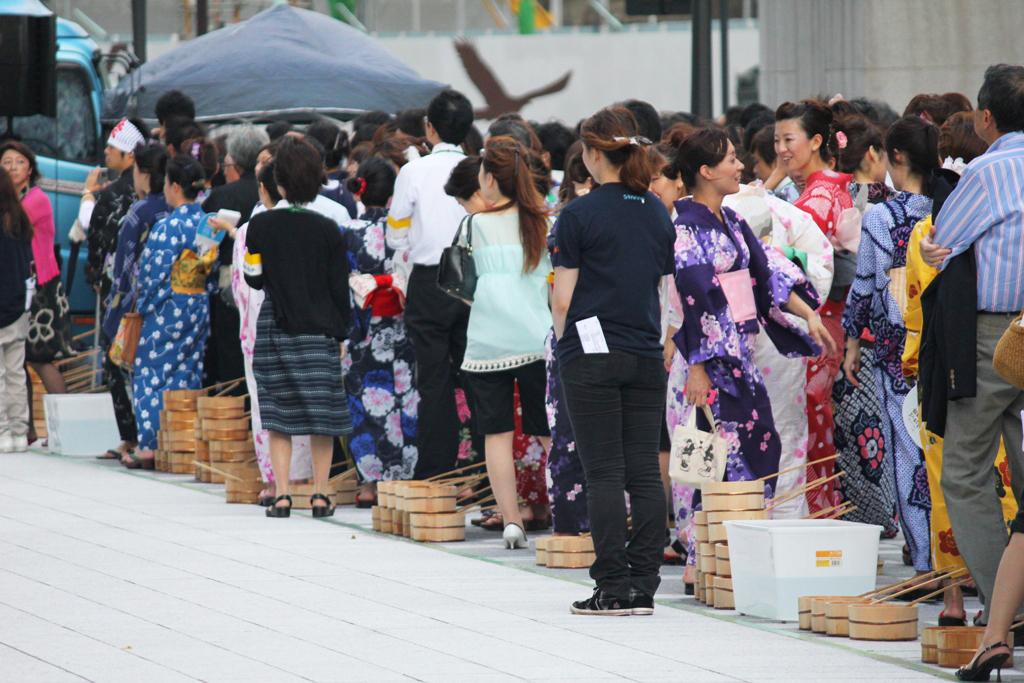 Uchimizu event in Marunouchi (3)