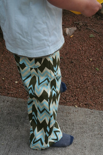 zigzag pants