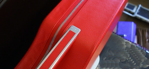 Calder red violin case cu