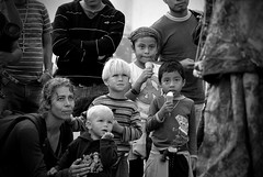 021 Kulturen arteko zubia (Mr. Theklan) Tags: portrait blackandwhite blancoynegro children mexico niños chiapas sancristobaldelascasas kultura robado umeak txuribeltz ltytr1