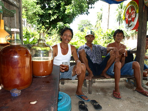 5003784360_e6a073beca - Paborito gihapon ni Botoy ang tuba - Philippine Photo Gallery