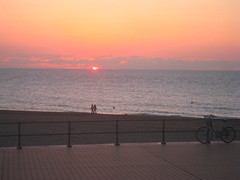beautiful sunset in Ostend, Belgium (Kristel Van Loock) Tags: sunset bike zonsondergang tramonto belgium belgique belgi bici tramonti oostende ostend fiets bicicletta belgio coucherdusoleil belgiancoast belgischekust ostenda