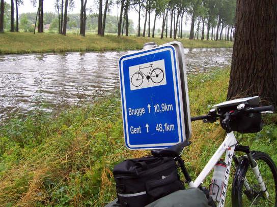 01_zeebrugge_ghent_signpost